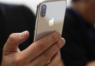iPhone X costs 39 Percent More  in India than in the US